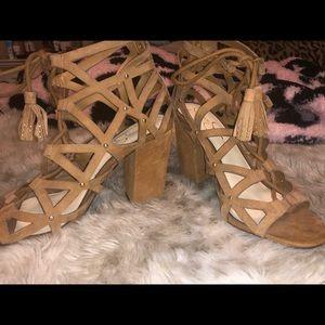 jessica simpson heels!